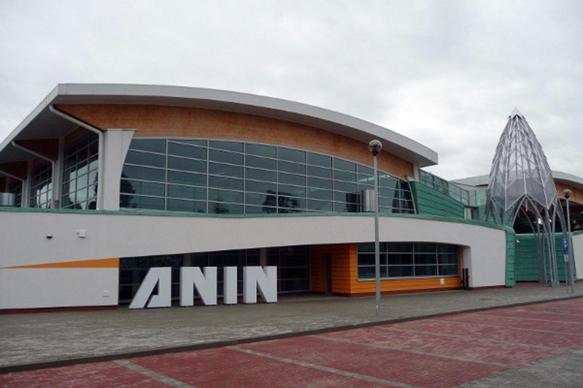Basen - Anin